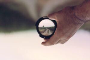 Image in focus through a lens